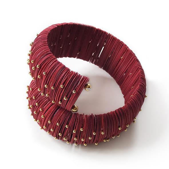 Thoroughbred Horse Paper Bracelet 1