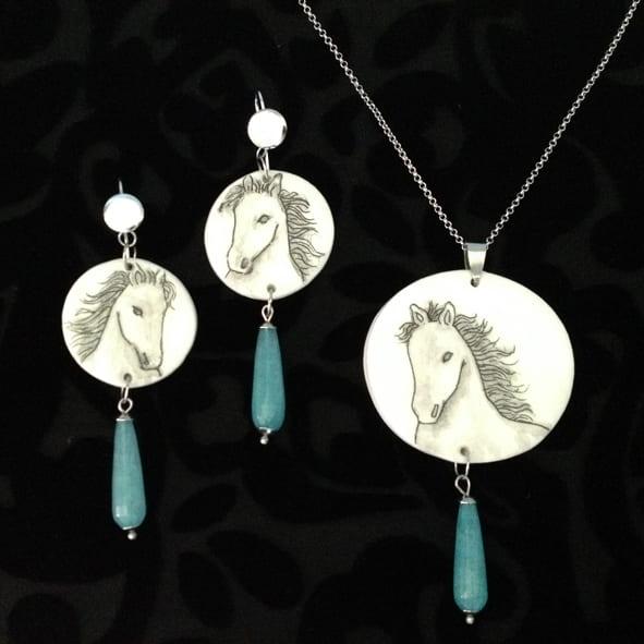 White Horse Parure