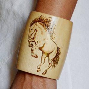 Wild Horse Bracalet 10 Wear