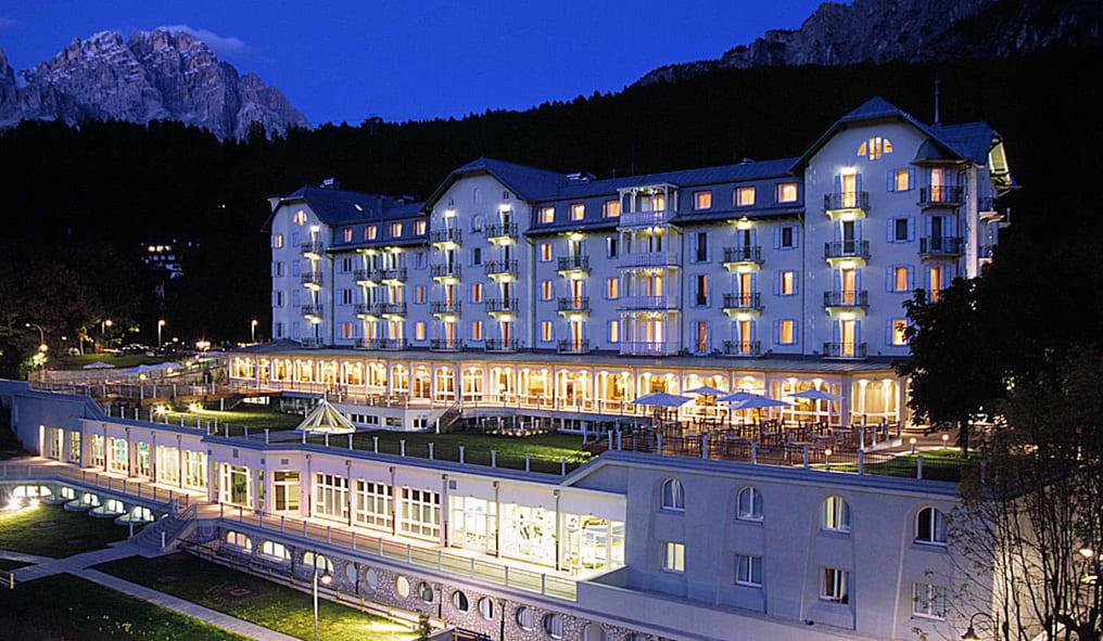 Horseback riding in Cortina Hotel Crisallo