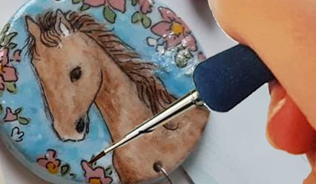 Where our horses in ceramic jewels are born Paint