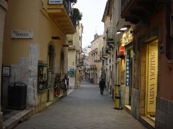 Horseback Riding in Taormina Corso Umberto