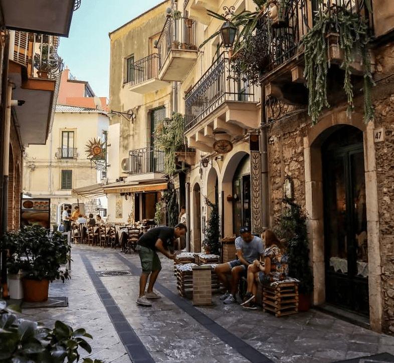 Horseback riding in Taormina historic center