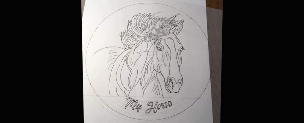 Your horse painted on a plate Il Disegno