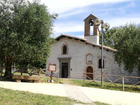 Horseback Riding in Gubbio Chiesa